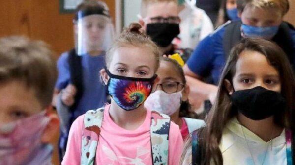 σχολεία άνοιγμα πανδημία covid